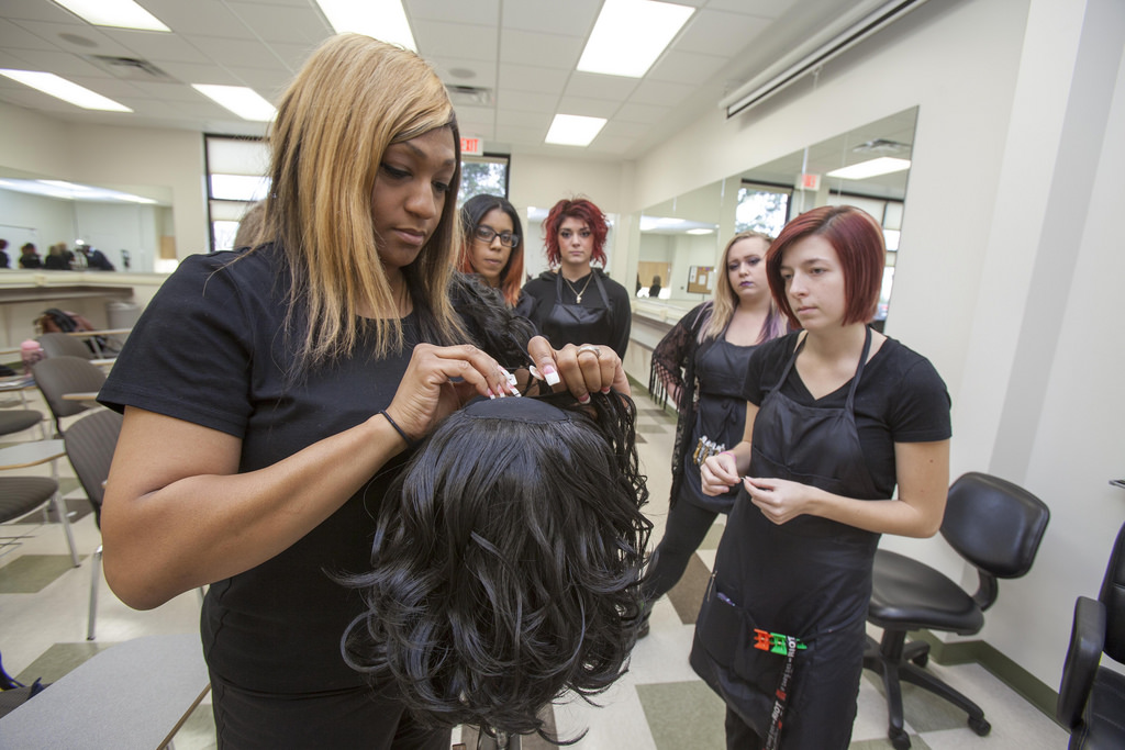 ontario college of trades hairstyling apprentiship application